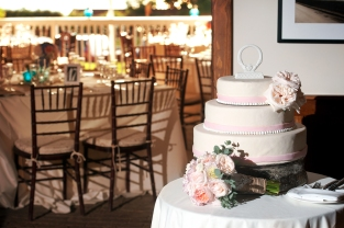7reception9aSC_WeddingCake